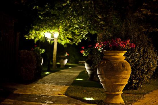 Relais La Corte dei Papi: il giardino