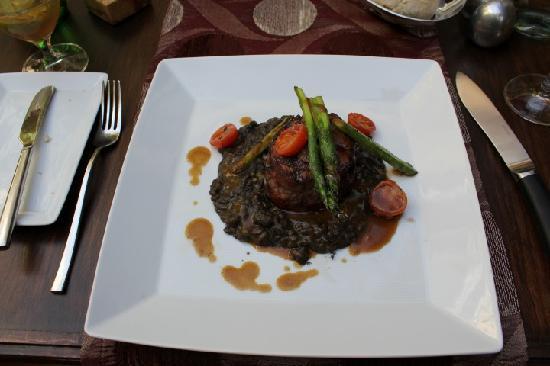 Andanza : Steak with asparagus