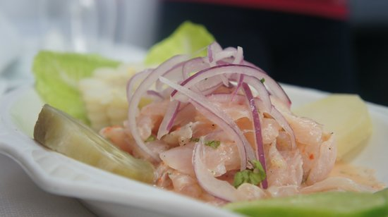 Cora Cora Resaurant: Cora Cora makes the best Ceviche in the whole world.