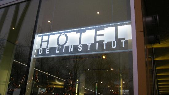 Hôtel de l'Institut: Hotel exterior - day