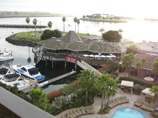 Hyatt Regency Mission Bay : View of Red Marlin restaurant from our room