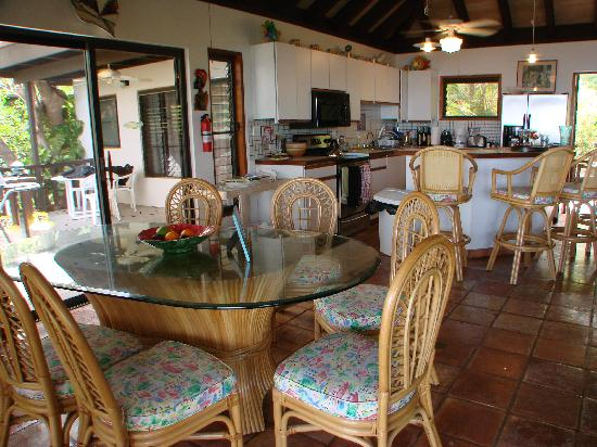 Lots of places to eat, inside and out, at Villa del Sole  Video tour link