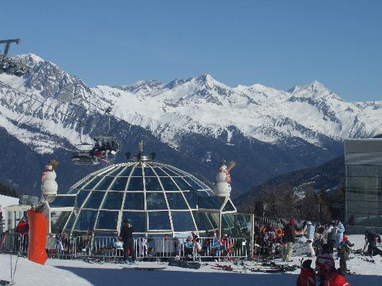 Royal Budroni Hotel: pista da sci