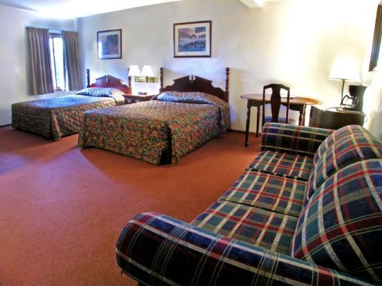 Rodeway Inn & Suites Eau Claire: Deluxe Double King