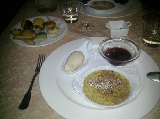 Eymet, Γαλλία: le dessert pour les gourmands!
