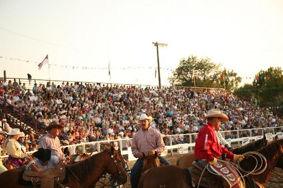 Lehi, UT: Roundup Rodeo