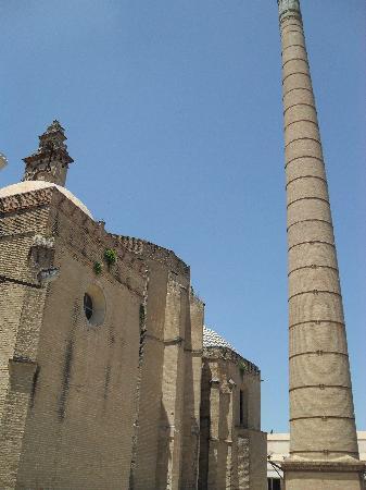 Santa María de las Cuevas Monastery (La Cartuja): Un esterno