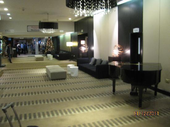 Hilton London Kensington: hall