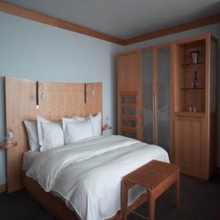 Hotel alt quebec 124 1 3 1 updated 2018 prices for Hotel design quebec
