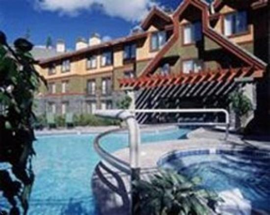 Grand Canadian Resort Vacation Club : Outdoor Pool