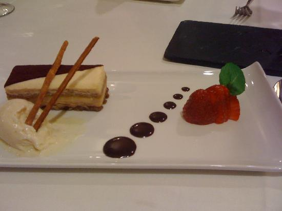 Hotel Plaza Andorra: One of wonderful dessert at La Cupula Restaurant
