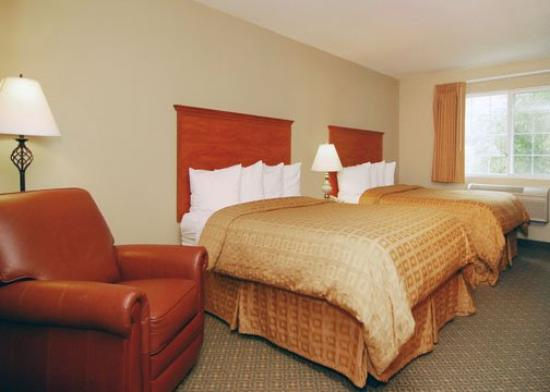 Quality Inn & Suites: Queens