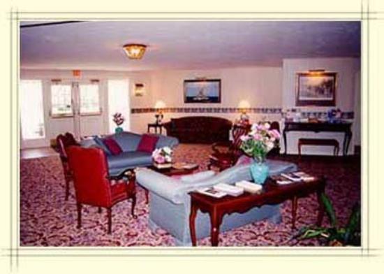 Econo Lodge Inn & Suites Groton: View