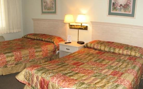 Heritage Inn Express Chico: Double Room