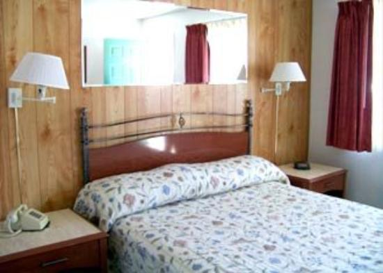 Stagecoach Motel: Guest Room