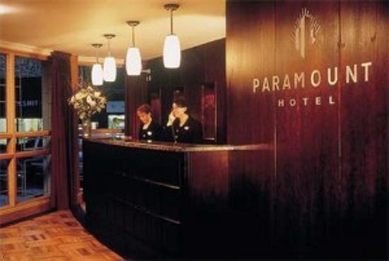 Paramount Hotel Temple Bar: Reception Area