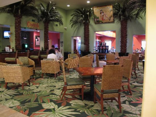 Hampton Inn Tropicana: Breakfast area