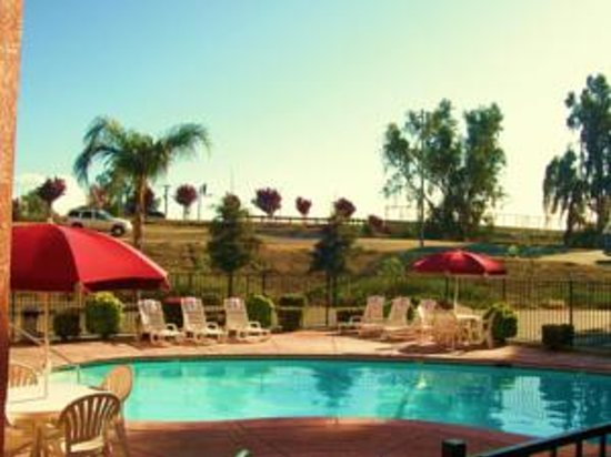 Howard Johnson Express Inn - Bakersfield: Howard Johnson Relax