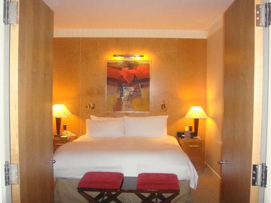 Sofitel New York: bedroom