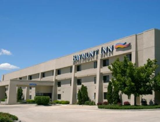 Baymont Inn & Suites Springfield: Welcome to the Baymont IS Springfield