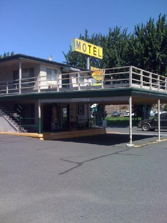 Oregon Motor Motel Office Area