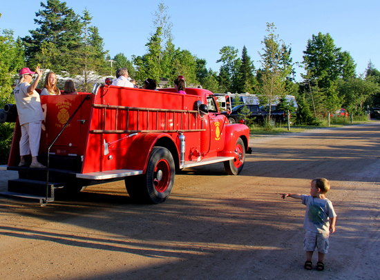 Mackinaw Mill Creek Campground: Free Firetruck and Hayrides - kids love it!