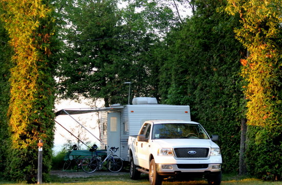 Mackinaw Mill Creek Campground: You can get inexpensive small site or larger lakefront site for a few dollars more