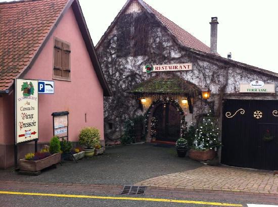 Les Chambres du Vieux Pressoir : restaurant