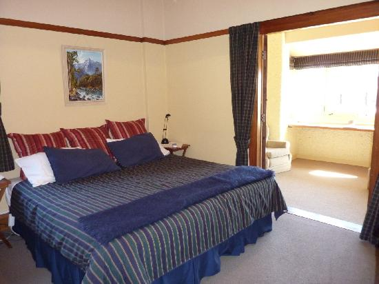 Sefton Homestay Bed and Breakfast: Tartan Suite