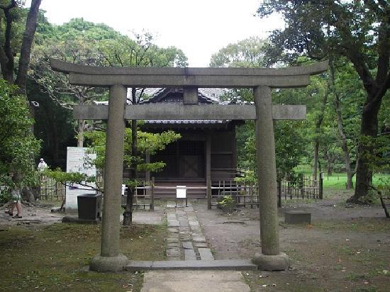 Jardines Hama Rikyu: パワースポット 稲生神社