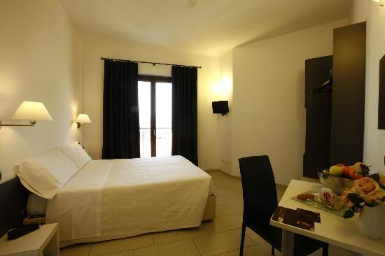 Hotel La Locanda: Camera matrimoniale