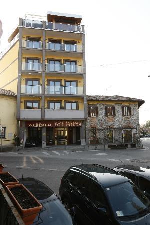 Cadrezzate, Italia: Hotel/Ristorante