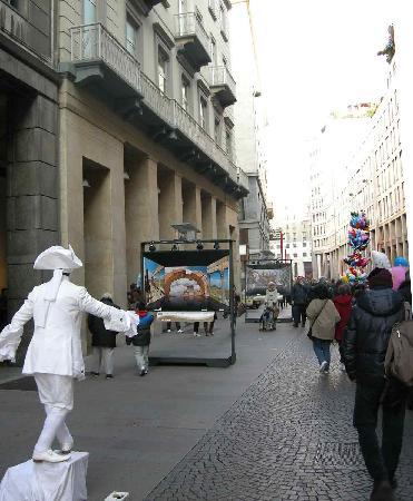 Corso Vittorio Emanuele II: Free show