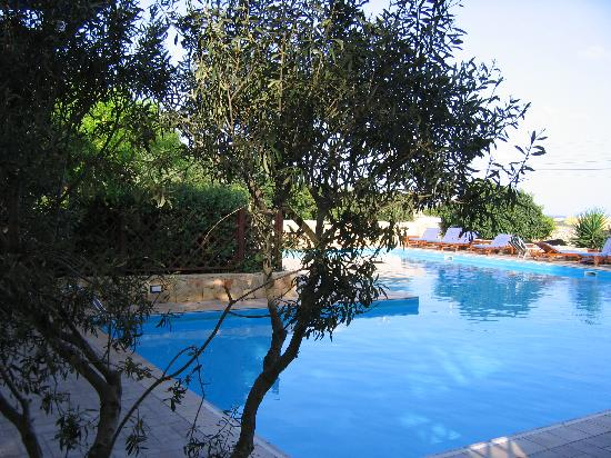 Piscina foto di residence villalba lampedusa tripadvisor for Piscina villalba