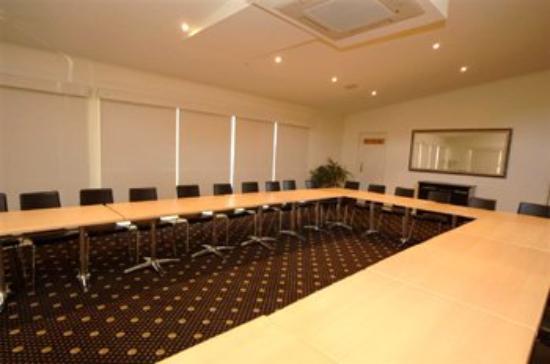 Red Bridge Motor Inn: Meeting Room