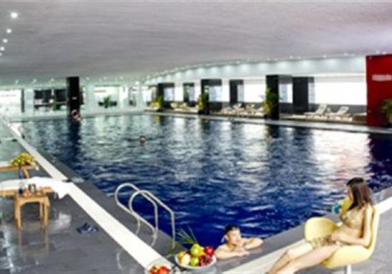 Bank Hotel: Indoor Pool
