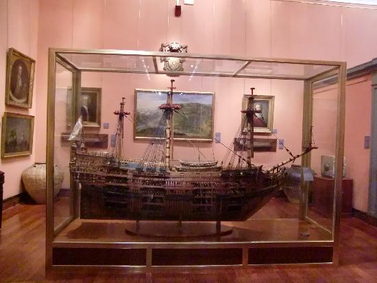 Naval Museum : maquette van historische zeilschepen