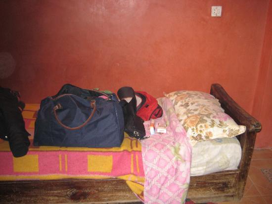 Riad Jddi : oscena, tappeti sporchi, tutto sporco