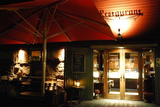 Ravintola Origo: Restaurant Origo entrance
