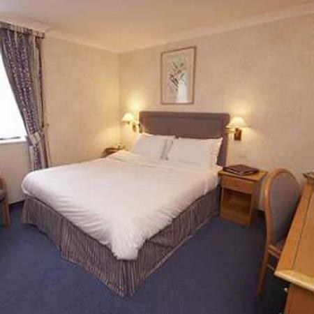 Alexandra Hotel: Guest Room