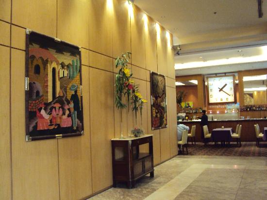 Alejandro I Hotel International Salta: 17-Salta-Hotel Alejandro I Internacional: Acceso a la cafetería