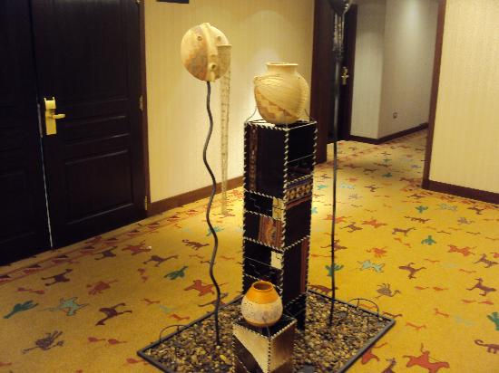 Alejandro I Hotel International Salta: 7-Salta-Hotel Alejandro I Internacional: Hall de distribución piso 6º