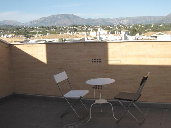 Boulevard Apartamentos Alfaz Playa Albir: roof terrace of app. 30 looking north