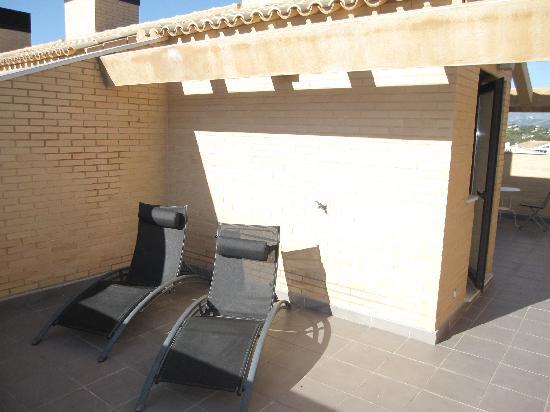 Boulevard Apartamentos Alfaz Playa Albir: roof terrace of app 30 looking soth
