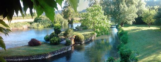 Panorama dalla finestra foto di la finestra sul fiume valeggio sul mincio tripadvisor - La finestra sul giardino ...