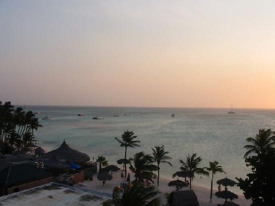 Aruba: 夕暮れ