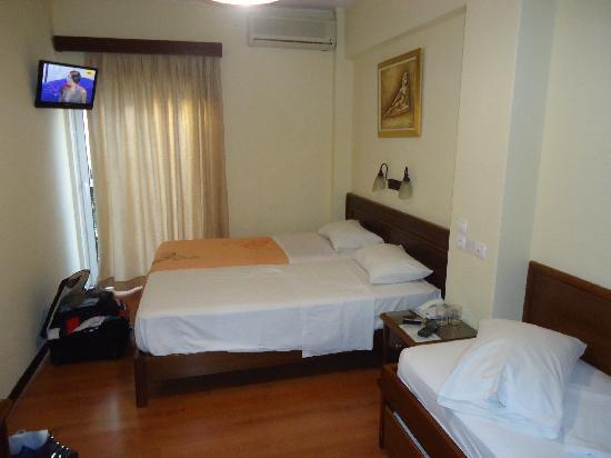 Omiros Hotel: Detalle de la habitación