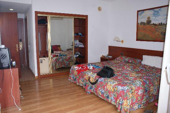 Catalonia Punta del Rey: rooms
