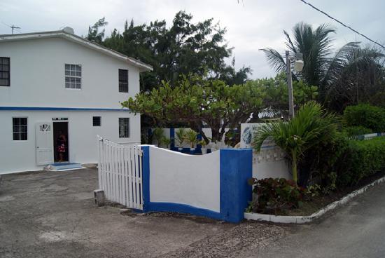 Round Rock Apartments On Sea Barbados Christ Church