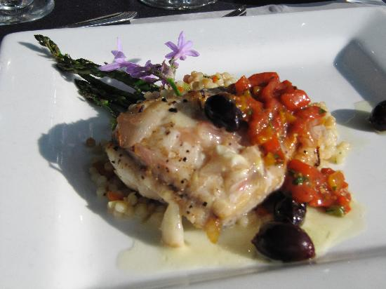 Cafe Champagne: Fish Entree